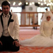 Religious devotions by the Muslim Couple